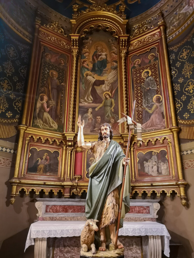 Chiesa parrocchiale San Giovanni Battista a Orbassano (TO) Statua di San Giovanni Battista